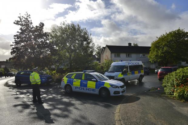 East Kilbride Connect: A cordon has been set up on Gordon Drive in East Kilbride