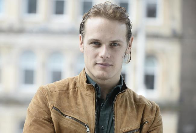 Outlander star urges Scots to start EATING midges after hotel announces plans for beastie burger